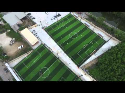 สนามฟุตบอลหญ้าเทียม Total บางปู ขนาด 7คน 2สนาม และ 9คน 1สนาม
