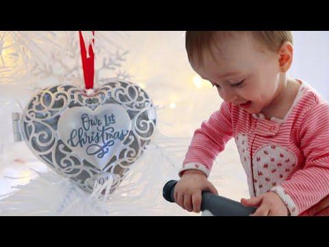 Baby's First Christmas! | Teen Mom Vlog