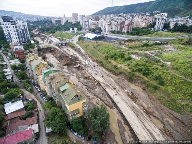 Наводнение в Тбилиси с высоты птичьего полёта