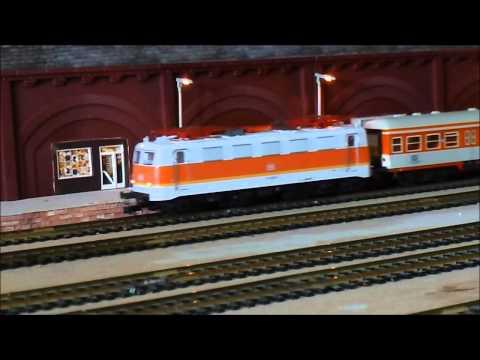 Trix HO 22170 S-Bahn BR 141 Sound mit 3 Fleischmannwagen City Bahn