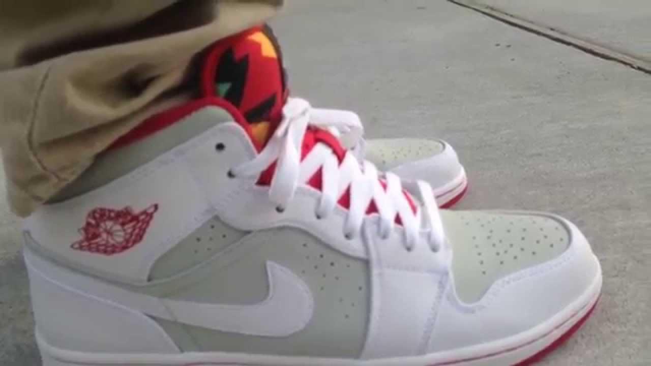 Air Jordan 1 Retro Mid
