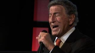 Tony Bennett Performs 39 Body And Soul 39 Honors Amy Winehouse