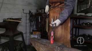 Ковка топора. Кованый топор(Как выковать топор. Ручная ковка топора., 2015-11-20T10:45:14.000Z)