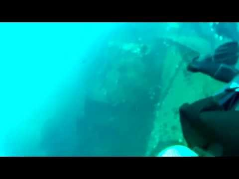 Scuba Diving on Aliwal Shoal - The Produce Wreck
