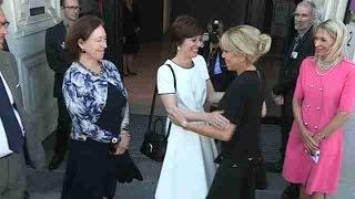 Brigitte Macron y Melania Trump visitan el museo Magritte en Bruselas