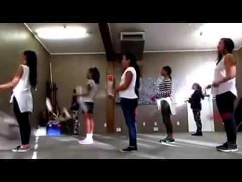 Māori Dancers Slay Beyoncé Song With Poi Dance