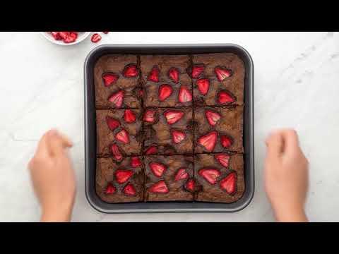 STRAWBERRY DARK CHOCOLATE GLUTEN FREE BROWNIE BITES