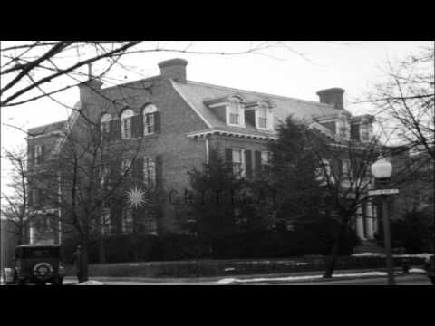 Former US President and Chief Justice William Taft taken out of a car and assiste...HD Stock Footage