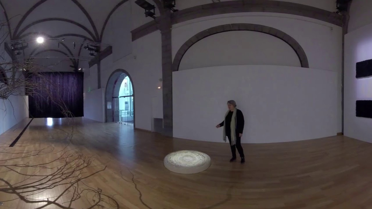 Visite 360° de l'exposition « We were so very much in love ». Joël Andrianomearisoa.