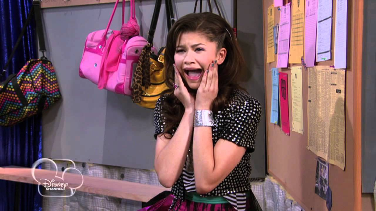 """Download Shake it Up - """"Review It Up"""" (Season Two, Episode Six)"""