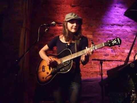 Amber Rubarth - You Will Love This Song Live at Rockwood 2008.03.11