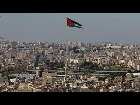 الدوائر الحكومية في الأردن تستأنف أعمالها بعد 10 أسابيع من الإغلاق…  - نشر قبل 10 ساعة
