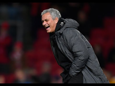 Man United boss Jose Mourinho hits back at Gary Neville with brilliant troll