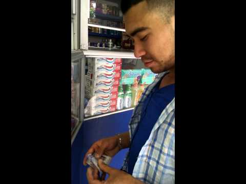 Comprando viagra parte 1 from YouTube · Duration:  3 minutes 21 seconds