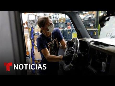 Ford y General Motors detienen su producción por la escasez | Noticias Telemundo