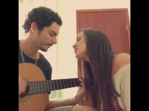 Gabi Melim e Bruno Chelles 3030 cantando Luz em todo morro