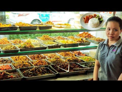 Quán cơm chay hơn 23 năm ở quận 10 Sài Gòn hút khách nhờ bí quyết này