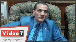 """رئيس جامعة الأزهر يصف الشباب المقاطع لانتخابات البرلمان بـ""""حزب الكنبة"""""""