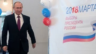 Putin meets with presidential candidates following victory