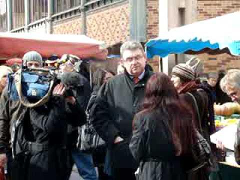 FRONT NATIONAL : BRUNO SUBTIL EN CAMPAGNE SUR LE MARCHE DE TROYES