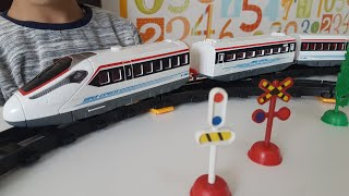 Dlan with Trains for Kids Unboxing Super Train Express video for kids