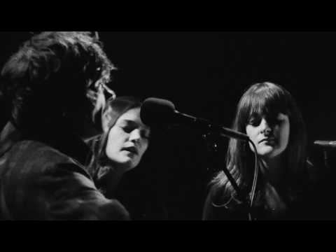 FIONN REGAN & THE STAVES - Michelberger Music - peoplerad.io