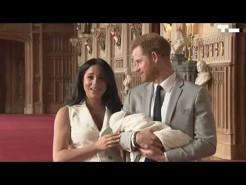 РОДИЛА! Меган Маркл и принц Гарри показали новорожденного сына и дали интервью