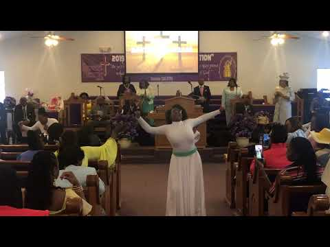 Deliver Me (This Is My Exodus) Donald Lawrence Feat. Le'Andria Johnson. Praise Dance