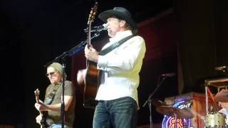 Tracy Lawrence - Renegades, Rebels and Rogues (Houston 12.11.14) HD