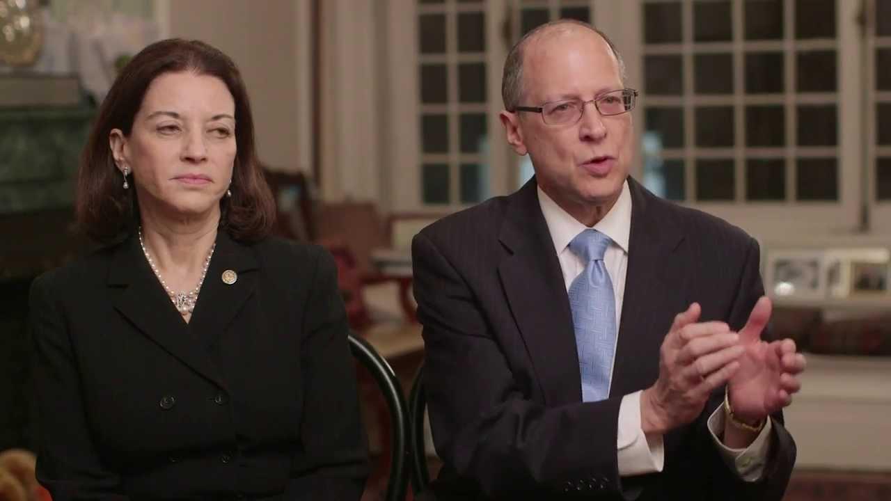 Brenda Kohn, MD & Walter J  Molofsky, MD: Medical Leadership Award - Roads  to Healing: Gala 2013