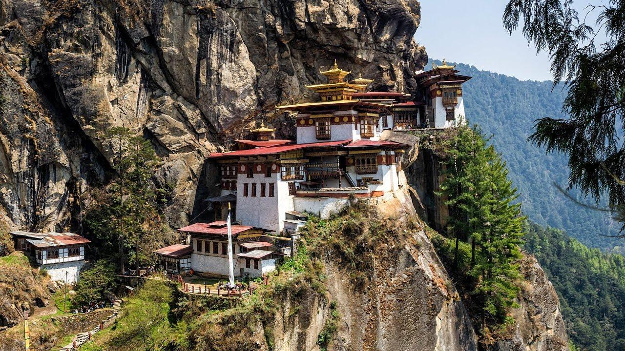 Bhutan Jadi Negara Buddhis Pertama Terima Vaksin COVID dari India