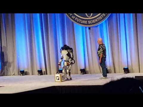 Boston Dynamics' Atlas Falls Over After Demo at the Congress of Future Scientists and Technologists
