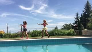 Menea La Pera Simple Zumba Choreography by the pool with Sylvia Barta