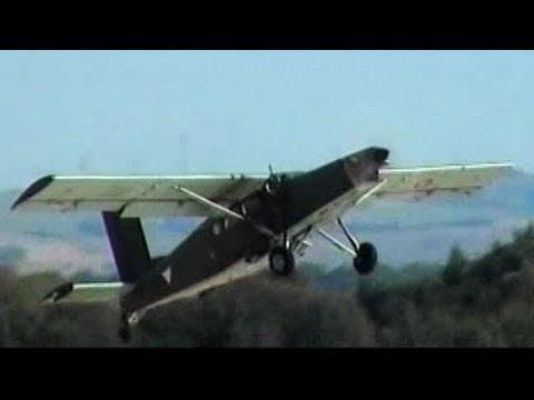 Pilatus PC-6 Turbo Porter Awesome Waterbombing & STOL Demonstration
