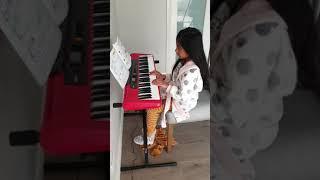 Aleah plays Twinkle Twinkle Little Star