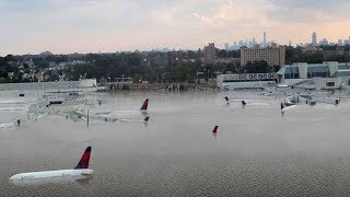 Jaw-dropping photo of planes floating on flooded tarmac at Houston airport during Hurricane Harvey