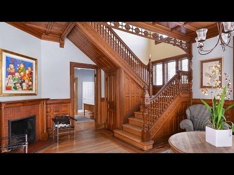 A grand Victorian home in Evanston's Ridge Historic District
