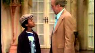 "Different Strokes S1 Ep1 - ""Movin In"" Part 1"