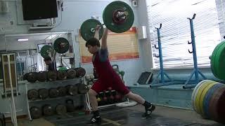 Пряничников Максим, 10 лет, вк 62 Толчок в полупр.+ в сед 45 кг
