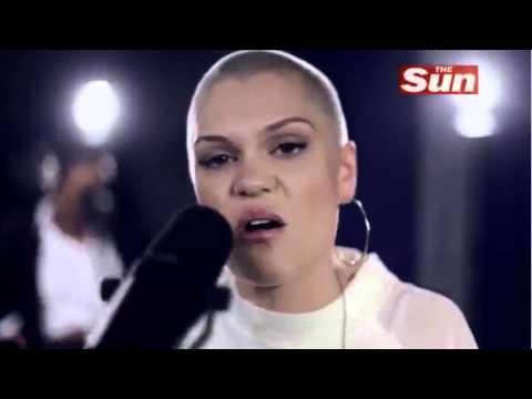 Jessie J - Price Tag (Acoustic) @ The Sun
