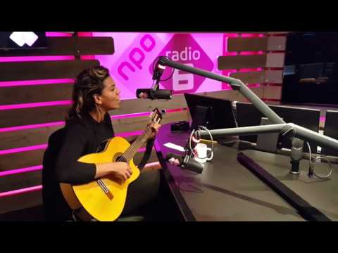 Chloe Charles  - Run Your Course - Live at NPO Radio6 - Mijke & Co