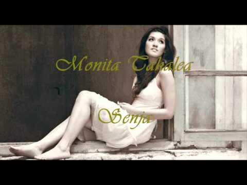 Monita Tahalea - Senja with Lyrics