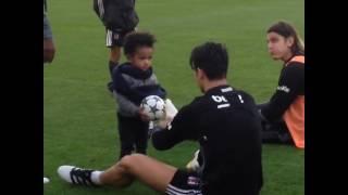 Atiba'nın Oğlu Noah Trabzon Maçı İçin Takım İle İdmanda