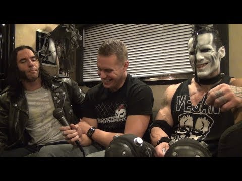 Doyle Hates When Fans... - Backstage Entertainment