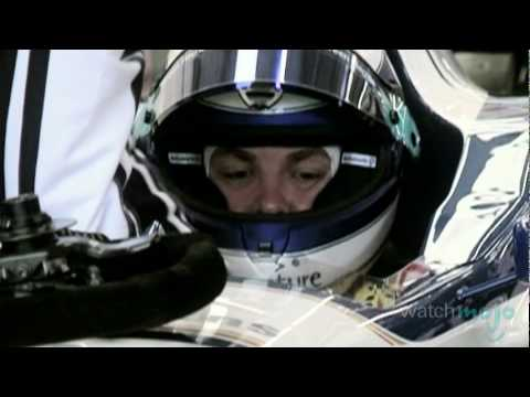 Behind-the-Scenes With an F1 Crew
