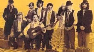 Tercer corte del primer album de Ojos de Brujo: Vengue (sacado a la...
