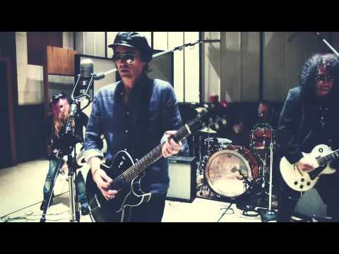IZZY STRADLIN NEW 2012 SINGLE BARANN