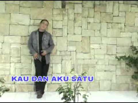 KAU DAN AKU SATU - PANBERS - [Karaoke Video]