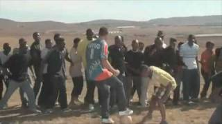PEPSI 2010 FOOTBALL COMMERCIAL ( BEHIND THE SCENES) AKON , DROGBA, HENRY, MESSI, KAKA