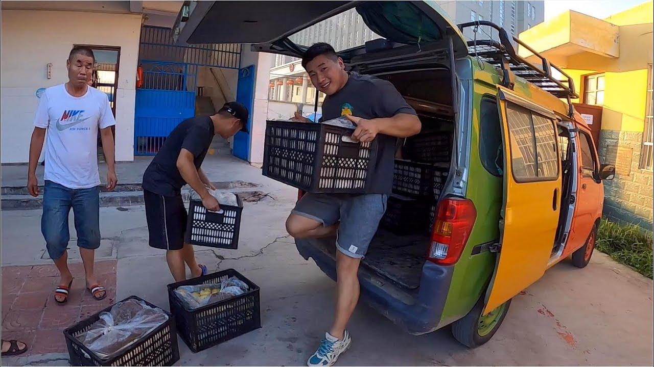 運輸1000多斤酥梨到河南新鄉,為救援盡一些綿薄之力,攜手共同渡過難關!  用青春去旅行